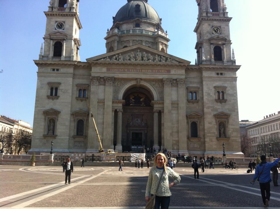 Me outside St. Stephen's Basilica