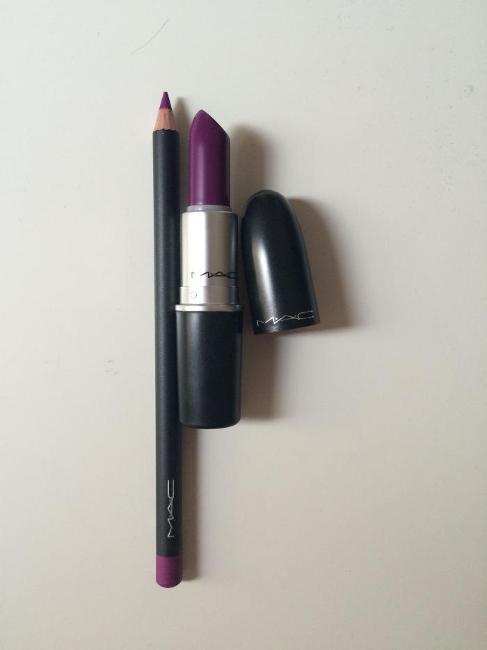 MAC lipstick and lip liner in 'Heroine'