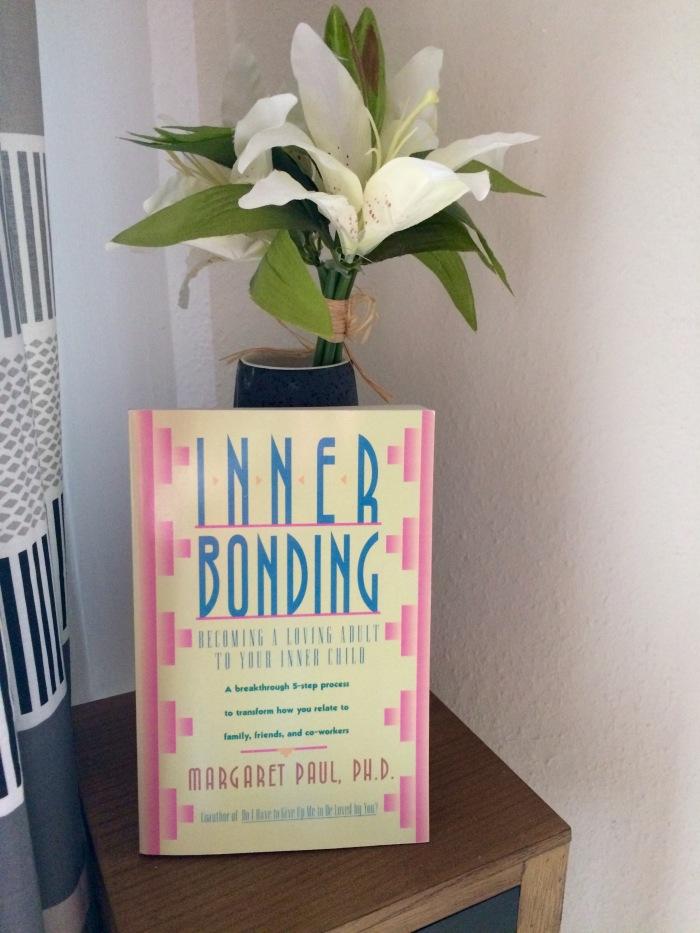 Inner Bonding: Becoming A Loving Adult To Your Inner Child by Margaret Paul